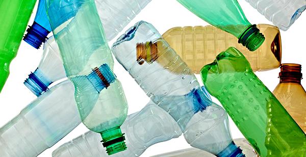 10 Trucs pour Réduire votre Consommation de Plastique