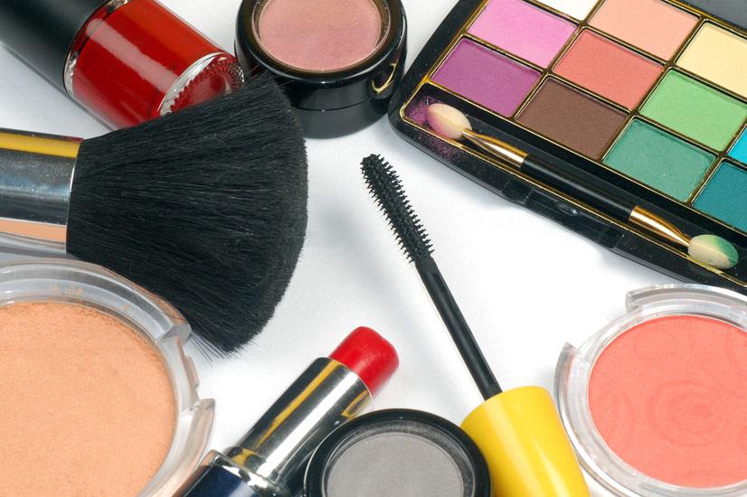 4 Astuces pour Recycler votre Maquillage