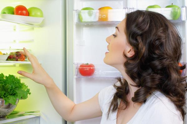 5 Astuces pour Désodoriser un Réfrigérateur