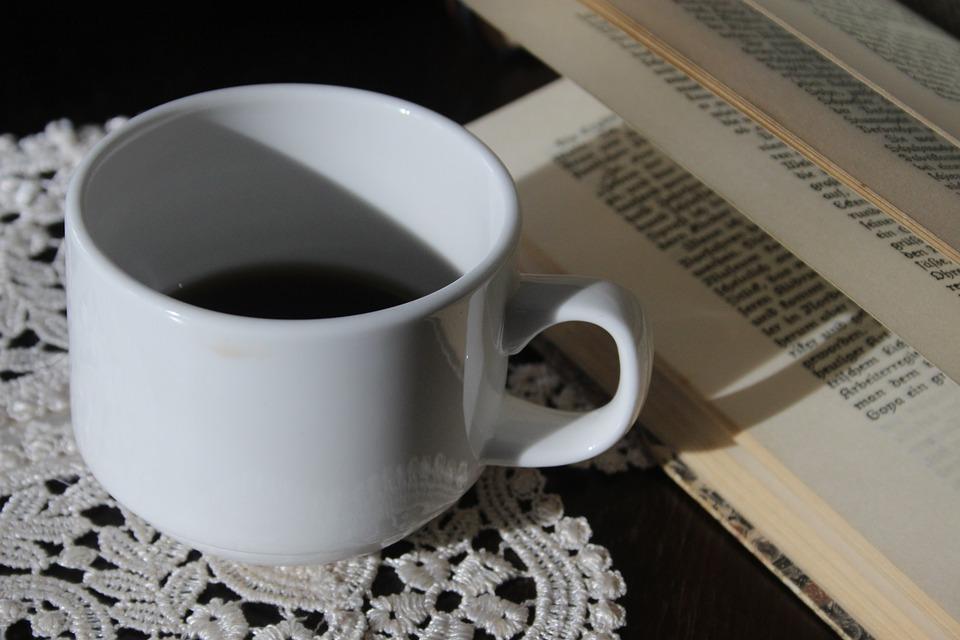5 Alternatives pour ENFIN Boire un Bon Café au Bureau