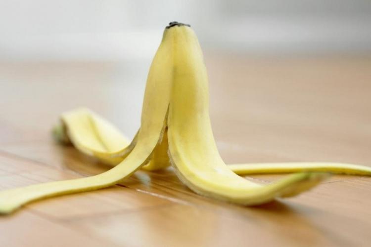 6 Raisons de ne plus Jeter la Pelure de votre Banane…