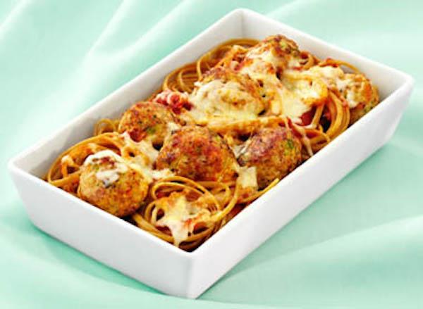 Boules de Viande à la Dinde et Légumes sur Linguini au Blé Entier