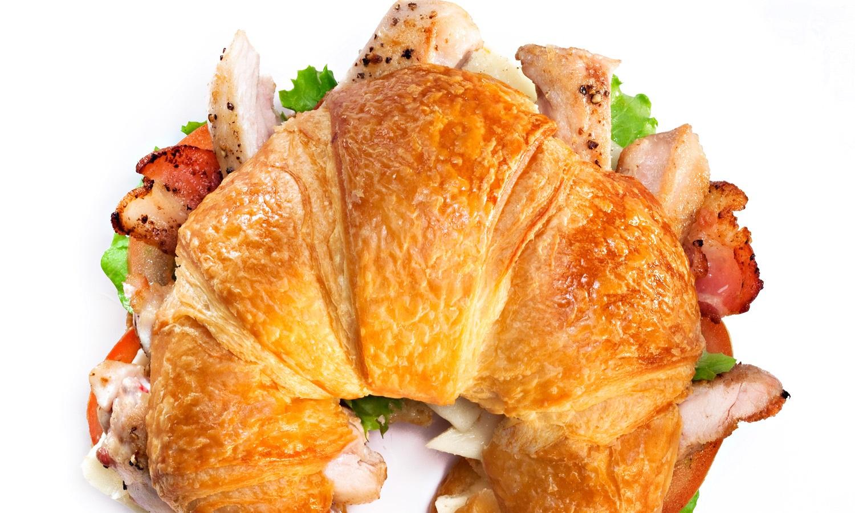 Croissant Blt de Poulet Sauté