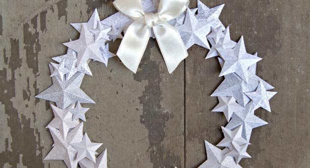 Couronne de l'Avent : D'étoiles en Papier pour Noël