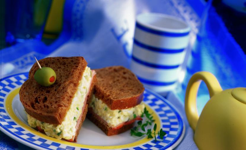 Sandwich à la Salade aux Oeufs (Avec 3 Variantes)