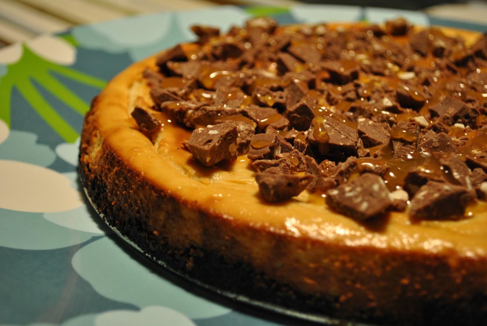 Gâteau au Fromage au Caramel Garni de TOBLERONE