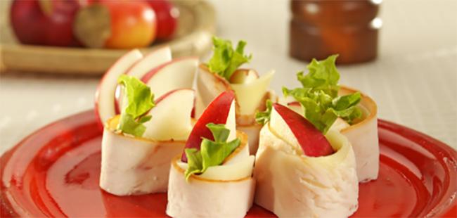 Roulades de Dinde Fumée au Fromage et aux Pommes