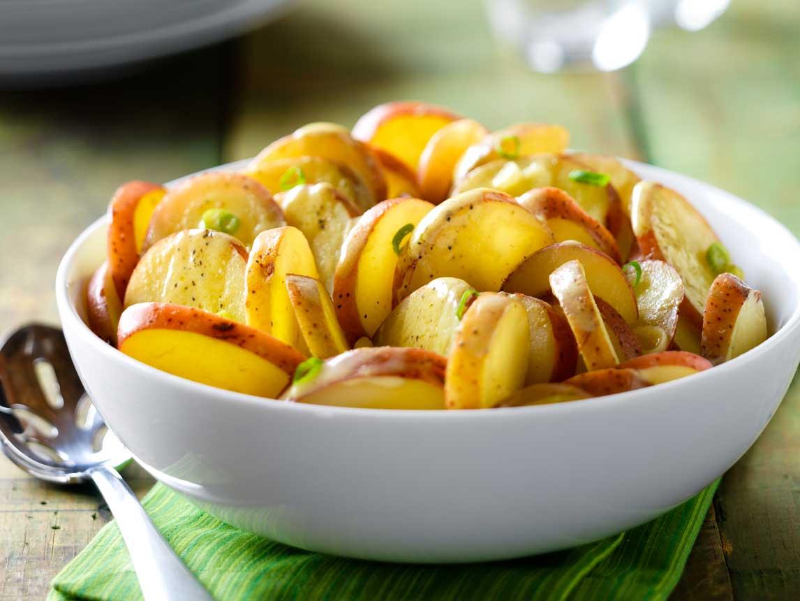 Salade de Pommes de Terre à Moutarde Crémeuse
