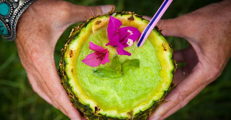 Smoothie Mojito à L'ananas Menthe et Noix de Coco