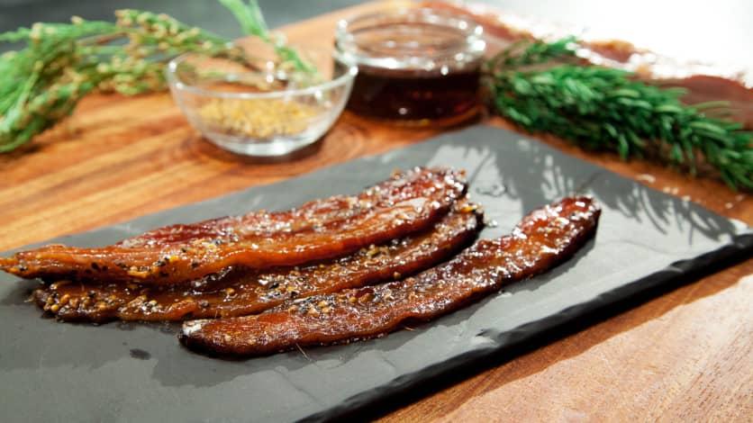Photo Recette Bacon Laqué à L'érable et aux Épices à Steak