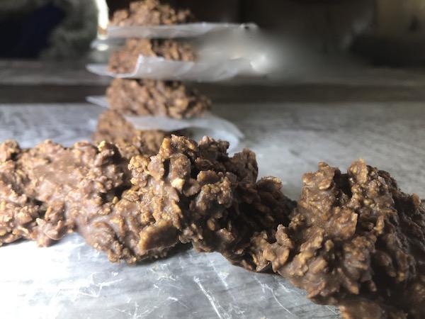 Biscuits au Corn Flakes Beurre D'arachides et Chocolat 2