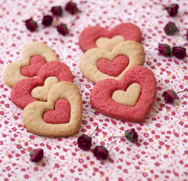Biscuits Sablés Coeur 2 Couleurs Pour la Saint-Valentin