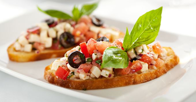 Photo Recette Bruschettas Tomates, Olives et Parmesan