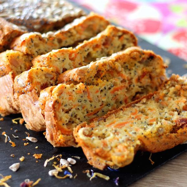 Recette Cake Carotte – Pavot et Graines de Tournesol