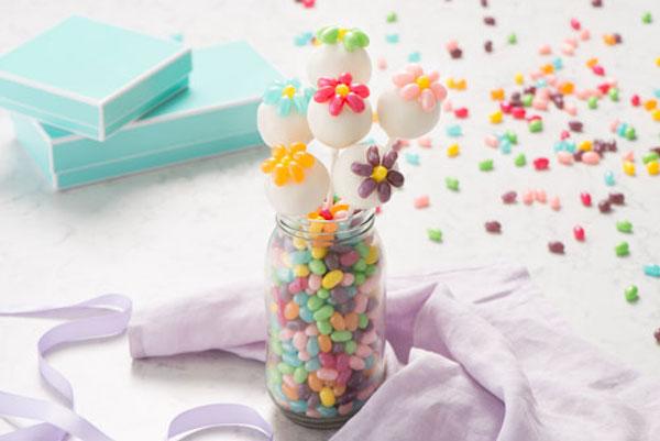 Photo Recette Cake Pops en Fleurs aux Bonbons Jelly Belly