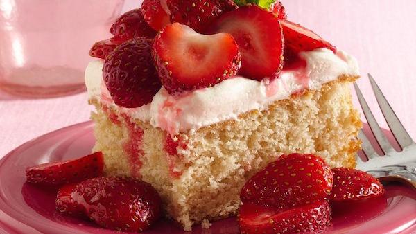 Carrés de Gâteau Sablé aux Fraises