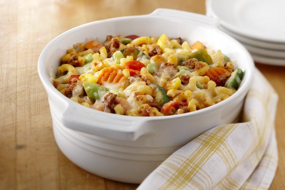 Casserole de Macaroni Gratiné aux Légumes et à la Viande
