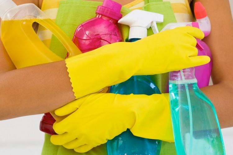 Ces 5 Mélanges de Produits Ménagers peuvent vous Tuer!