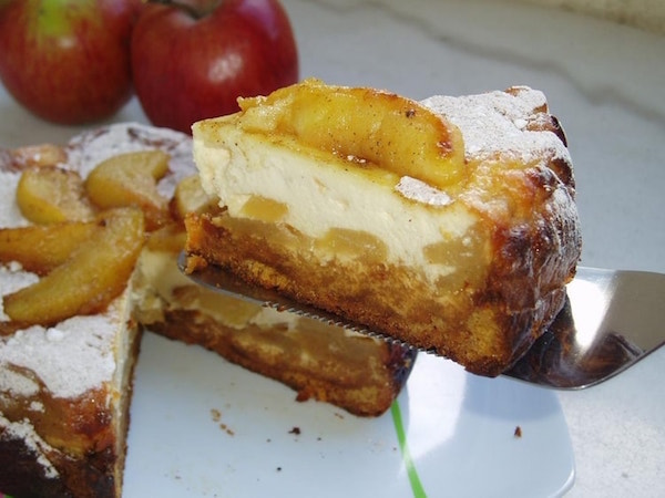 Cheesecake aux Pommes Caramélisées et Pain D'épices