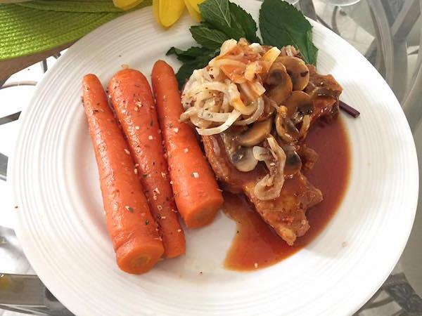 Chop de Porc et Carottes Glacées