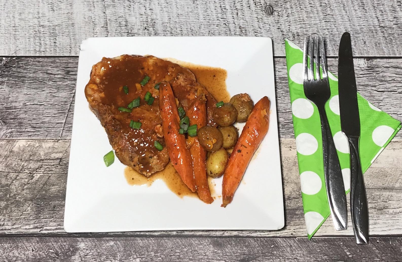 Photo Recette Côtelette de Porc Sauce Tomate et Légumes