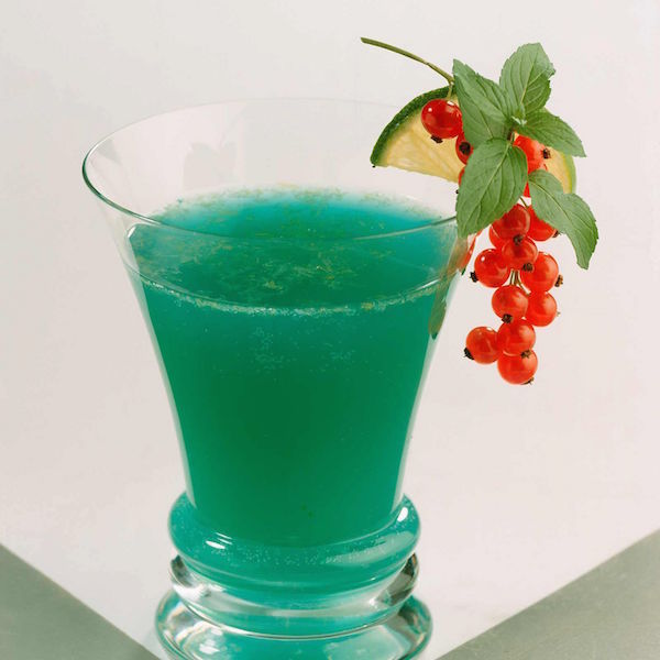 Cocktail bleu Caraïbe