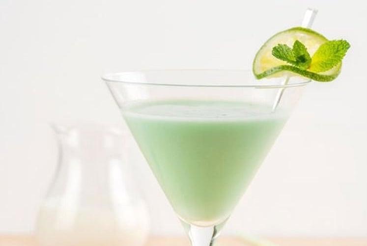 Cocktail Sans Alcool au Lait de Coco Ananas et Citron Vert