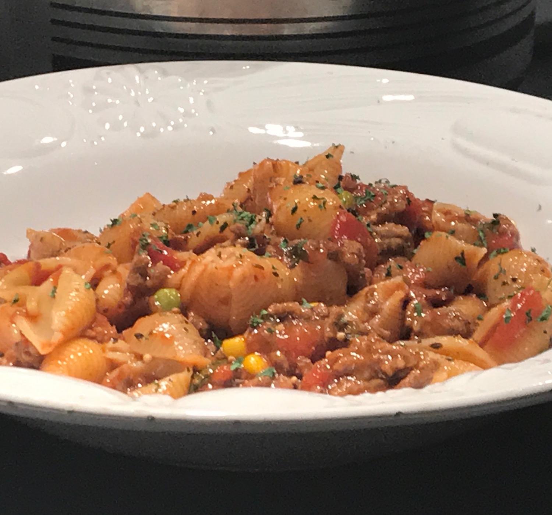 Coquille à la Viande, Tomates et petits Légumes