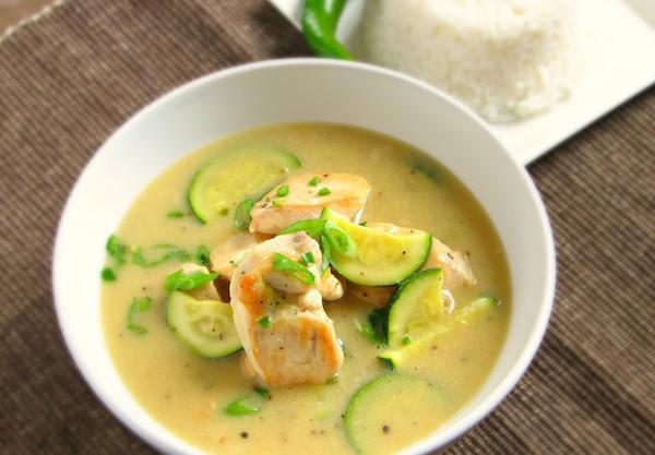 Curry Vert Thaïlandais au Poulet
