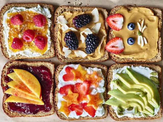 Photo Recette Déjeuner Sain, Toast Garni et Riche en Protéine