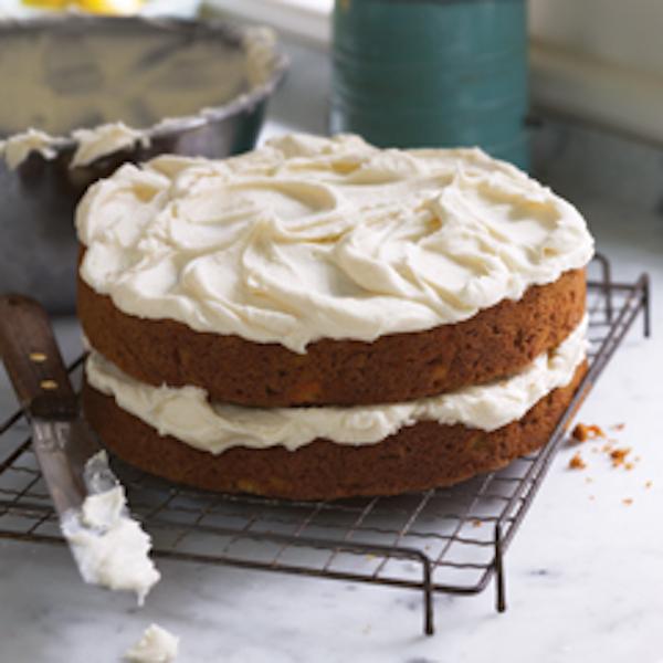 Délicieux Gâteau aux Carottes avec Glaçage au Fromage à la Crème