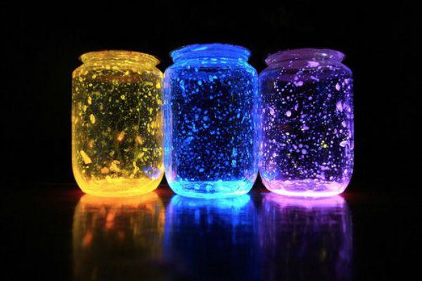 Fabriquez des Bocaux Lumineux pour Éclairer les Nuits de vos Enfants s'ils ont Peur du Noir !