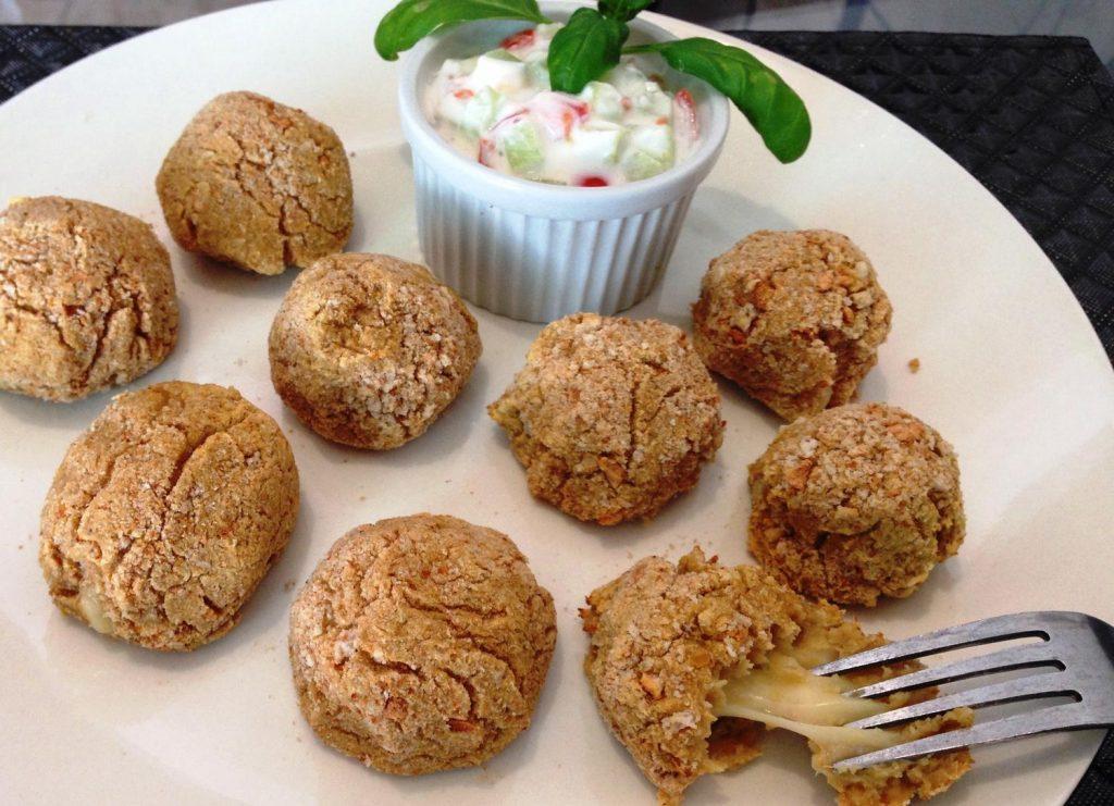 Falafels Farcis au Cheddar et leur Sauce Légère