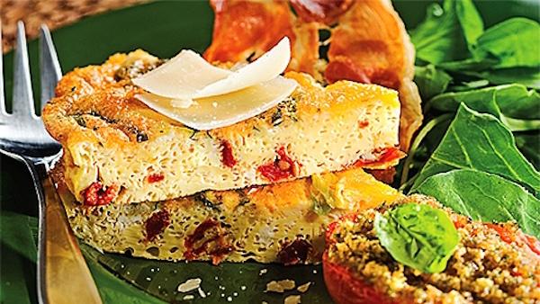 Frittata aux Tomates Séchées et Chips de Prosciutto