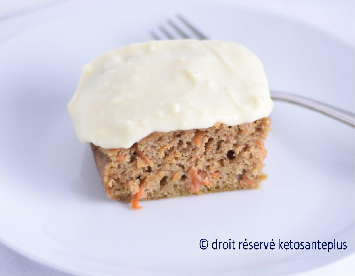 Photo Recette Gâteau aux carottes Keto / Cétogène avec Glaçage au Fromage à la Crème