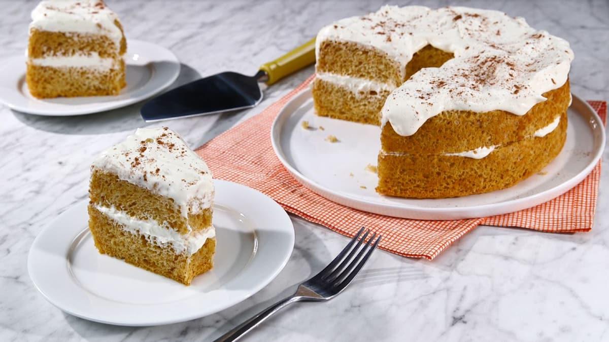 Gâteau des Anges à la Citrouille avec Garniture à la Crème et au Gingembre