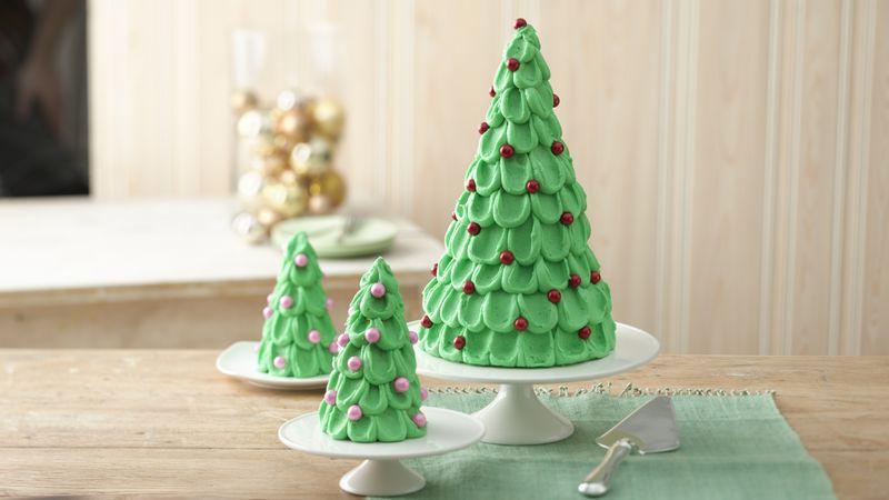 Photo Recette Gâteau en Forme D'arbre de Noël avec Petits Arbres