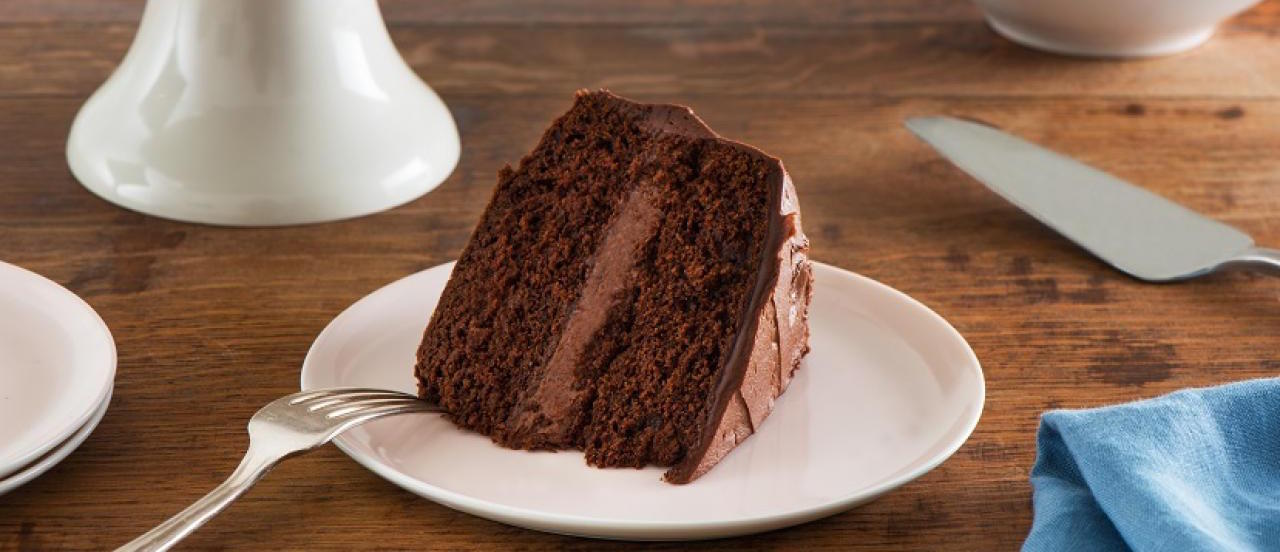 Gâteau Étagé Classique au Chocolat
