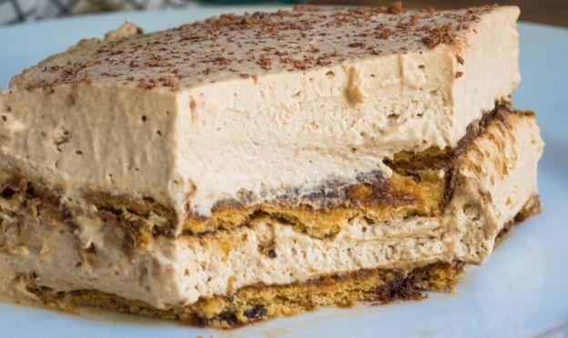 Gâteau Glacé au Café (Sans cuisson)