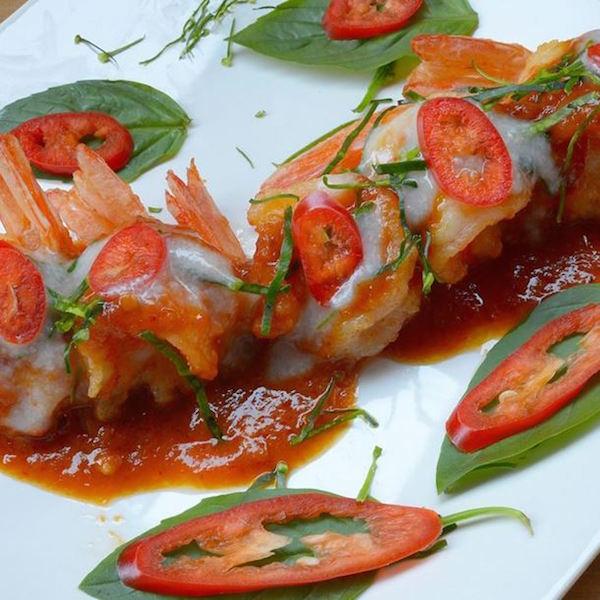Gambas Épicées sur Lit de Compote au Curry (menu St-Valentin)