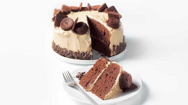 Gâteau festif au chocolat et au café
