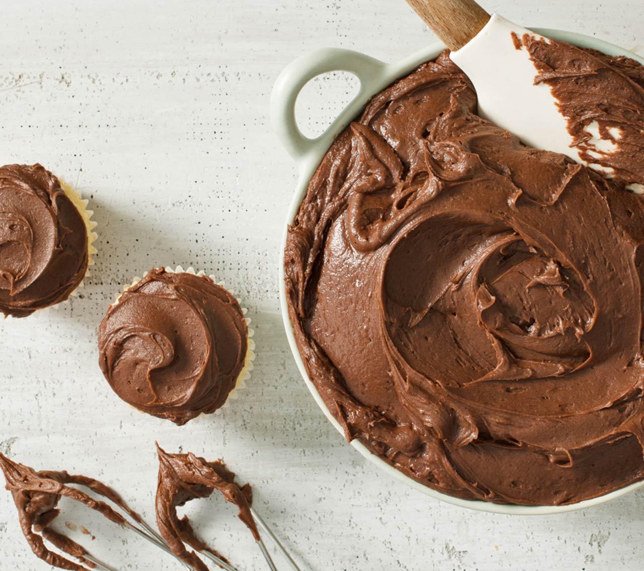 Glaçage au Chocolat et à la Crème au Beurre