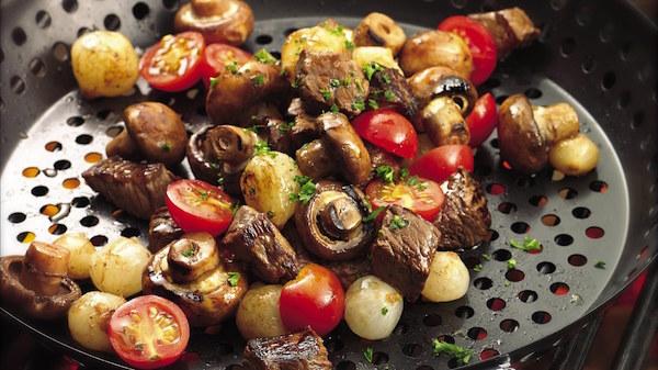 Hors-d'oeuvre de Bifteck et de Légumes Grillés