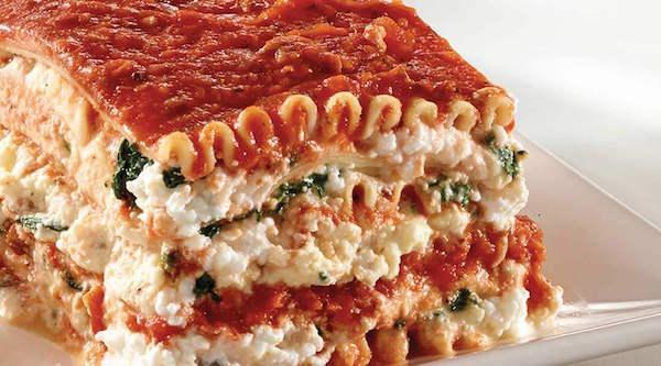 Lasagne à la Ricotta et à la Sauce à la Viande avec Mozzarella Tre Stelle®
