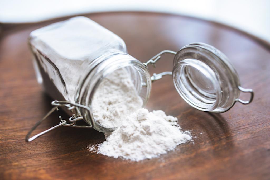 Le Bicarbonate de Soude est-il Réellement Efficace dans le Frigo?