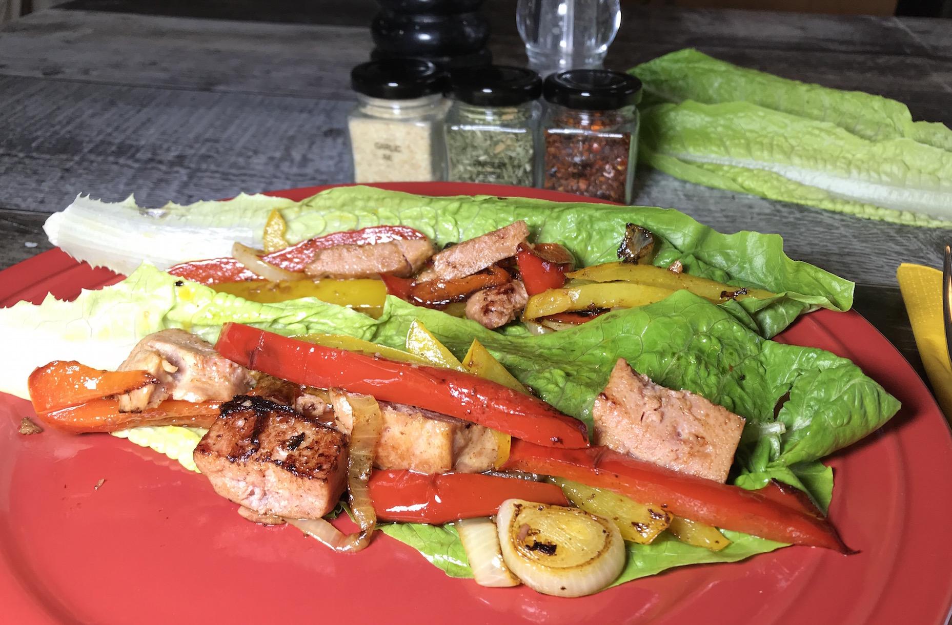 Légumes et Jambon sur Coeur de Feuille Romaine