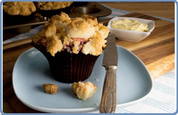 Muffins Streusel aux Fraises et Chocolat Blanc