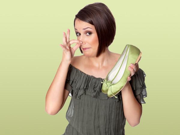 enlever la mauvaise odeur dans les chaussures circulaire en ligne. Black Bedroom Furniture Sets. Home Design Ideas