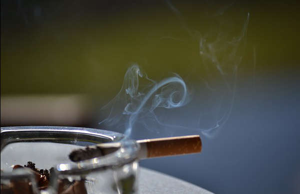 Odeur de Tabac dans la Voiture, 10 Trucs pour L'enlever