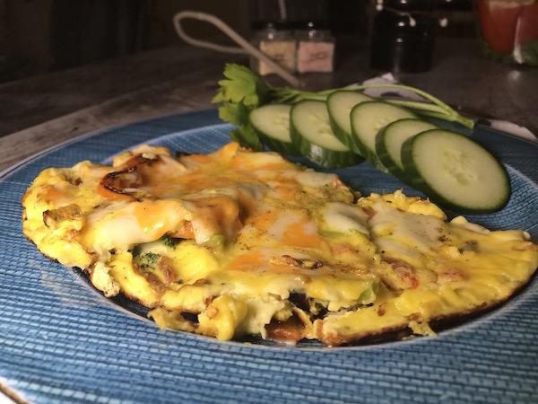 Omelette Poivron Rouge aux deux Fromage 1
